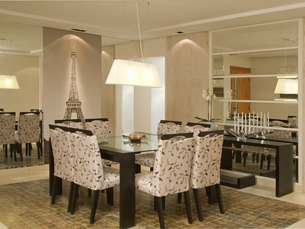 Espelho Com Moldura De Madeira Para Sala De Jantar Como Usar  -> Sala De Jantar Com Painel De Madeira E Espelho