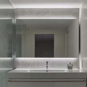 Espelho Flutuante de Banheiro com LED