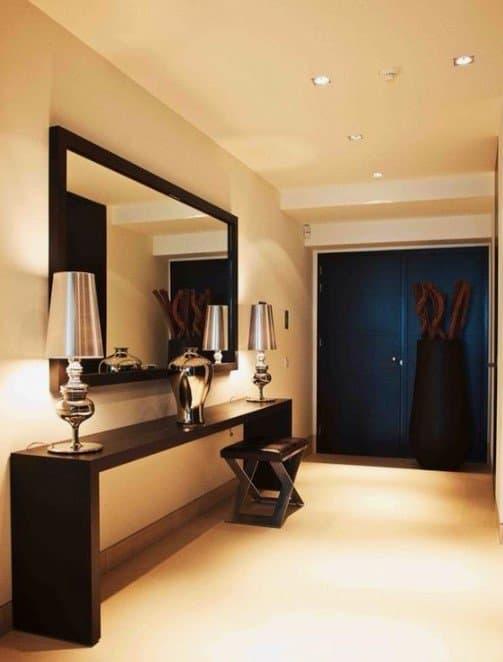 Espelho com Moldura Moderna