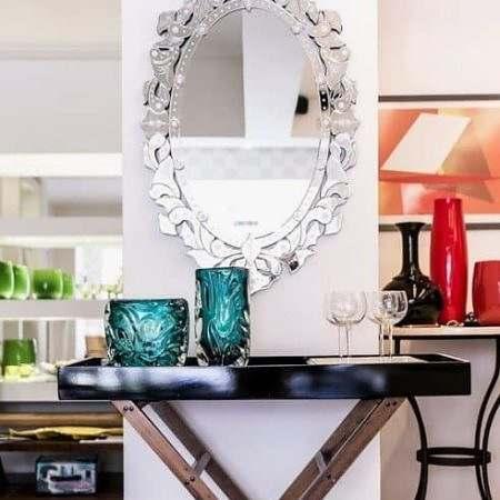 Aparador Moderno com Espelho Oval