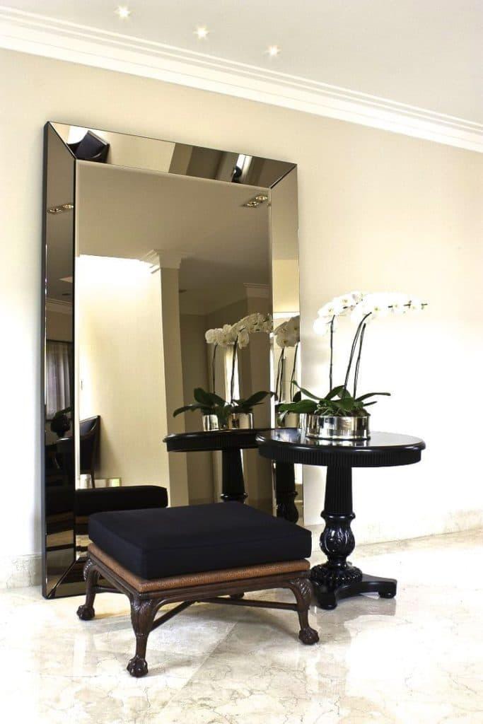 Espelho com Moldura Hall de Entrada