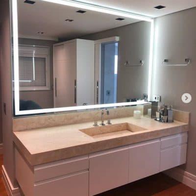 Espelho com LED Banheiro